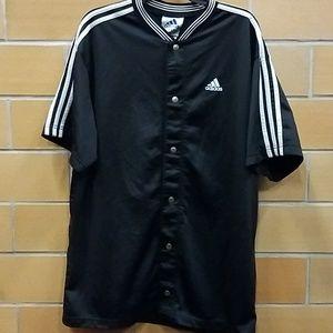 ADIDAS SHORT SLEEVE jacket w/snaps. Size L